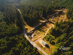 natáčení dronem protržená hráz na Bílé Desné